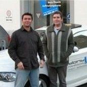 Foto der der beiden Fahrlehrern Alain und Pierre Dony